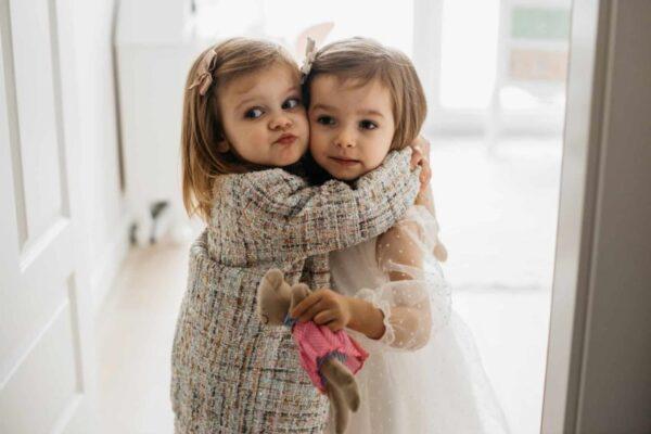 Dziewczęcy dwurzędowy tweedowy płaszcz Poly