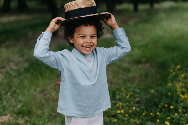 Chłopięca błękitna koszula z lnu